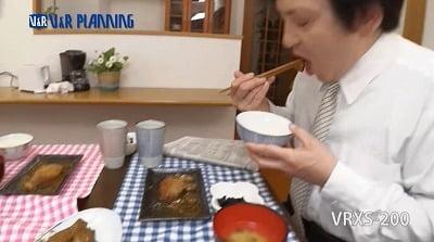 鬼畜糞尿家族 ~糞を喰べて飲む日常~サンプル22