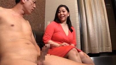 ぽちゃぽちゃ女性がボディーを激しく揺らし脱糞塗糞大便セックスサンプル2