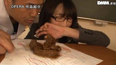 【逢沢はるか】スーツ女教師役で脱糞!初ウンコ解禁した作品サンプル3