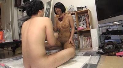 後の過激マスク女子【高沢沙耶】がスカトロマニアの素人宅を行脚サンプル7