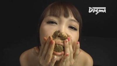 ウンコ食べたい・塗りたい女【黒田麻世】最強の糞ビデオに登場!サンプル11