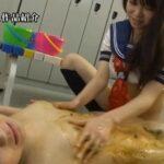 女子校生が学校にセーラー服糞まみれ排泄レズスカ浴場を開業!サンプル16