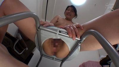 M男の人間便器を募集する女!多目的トイレとして射精もOKサンプル17